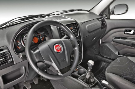 Nuevo Interior Fiat Strada 2013